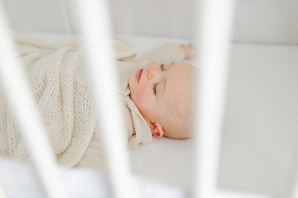 lifestyle newborn baby photo