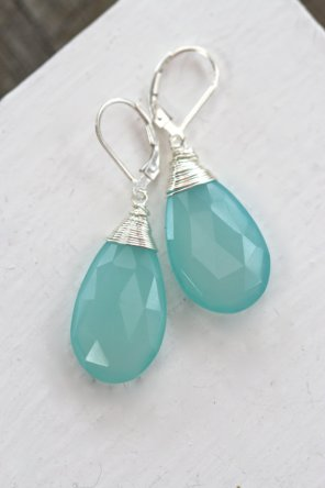 https://www.etsy.com/listing/183669323/large-chalcedony-earrings-long-mint?ref=shop_home_active_17&ga_search_query=mint