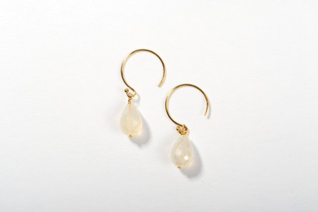 Round Rosie Wire Earrings