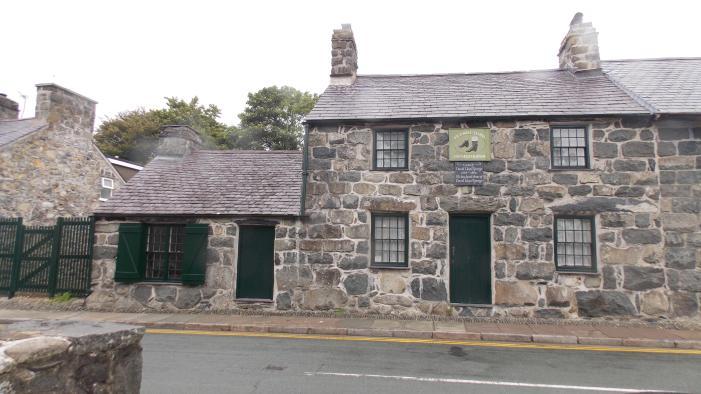 Highlands - Uncle Lloyd's workshop to the left