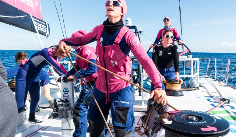 Women Travelling The World On Water