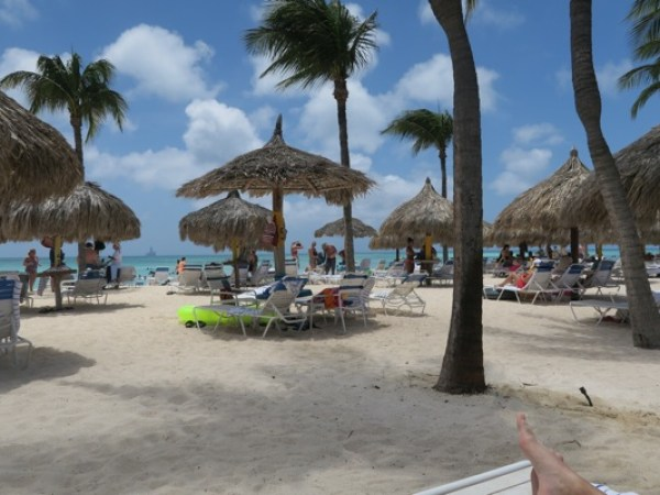 """What I Eat In A Day on """"Vacation""""   Aruba Marriott Resort Visit"""