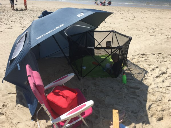 what to bring baby to beach sport brella