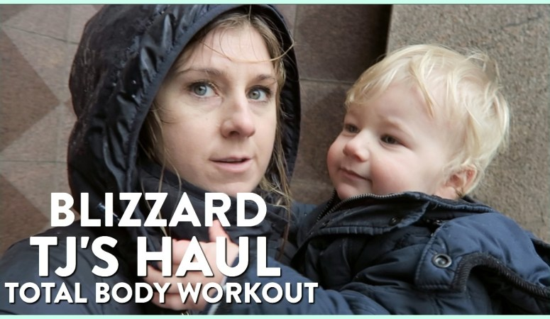 Family Vlog #5: Trader Joe's Haul, Parade + Total Body Workout