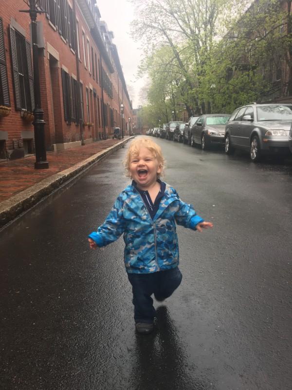 Singing in Rain Tommy