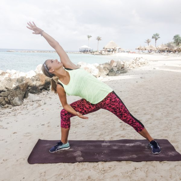 10 Minute Energizing Yoga Flow – Prenatal Friendly