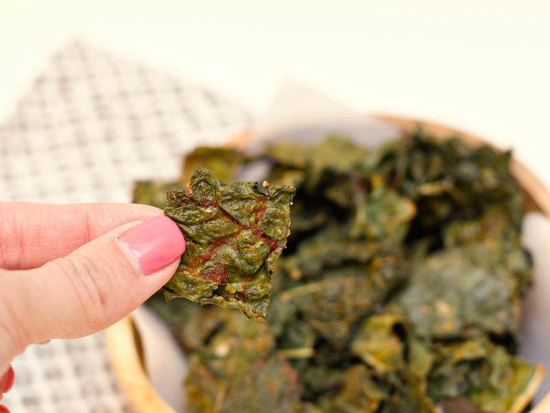 easy sriracha kale chip recipe