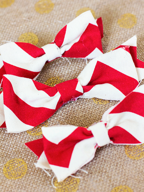 DIY Fabric Bows from sarahhearts.com