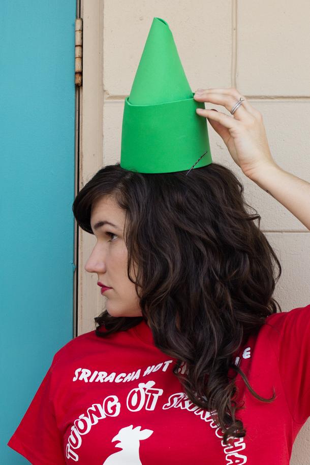 Sriracha Sauce Bottle Juniors Costume Shirt and Hat