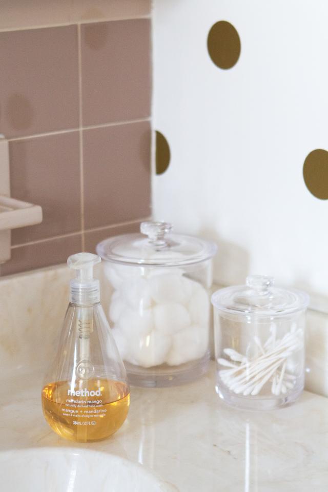 House Tour: Guest Bathroom