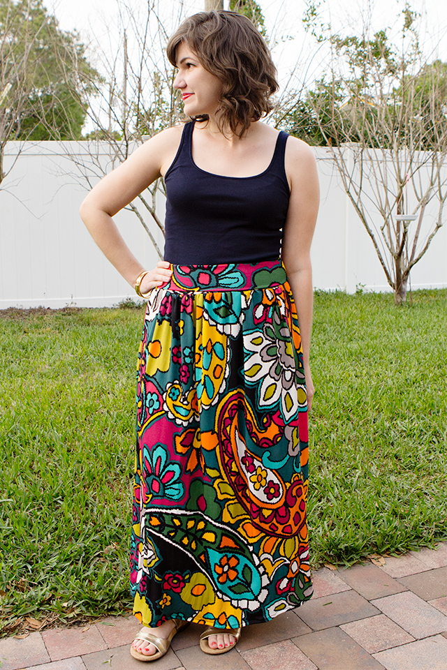Even beginners can sew up this knit maxi skirt. Use a bright floral to make a skirt that's perfect for spring!