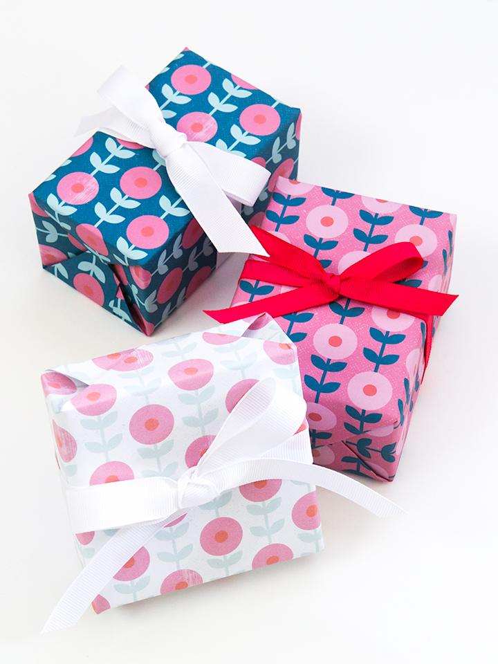 This free printable mod flower gift wrap is perfect for all occasions.