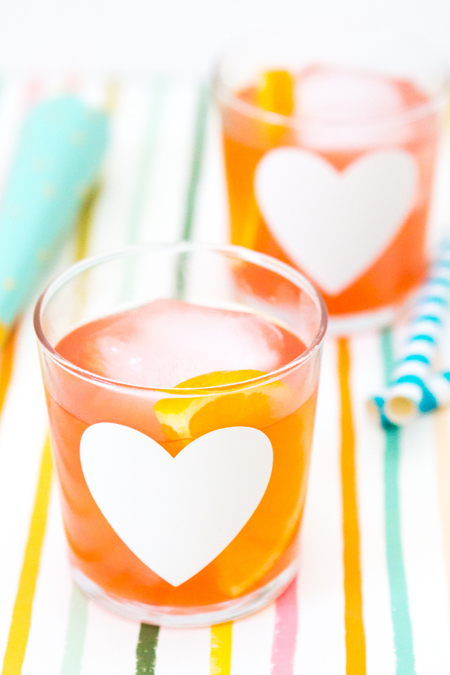 Loving these DIY heart glasses! And they're so easy to make using your Silhouette or Cricut.