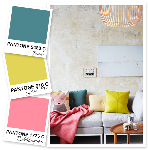 Such a pretty color! The pops of bubblegum pink and the yellowish split pea green contrast so nicely with the deep teal color.