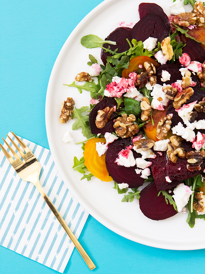 This beet salad with orange beet balsamic vinaigrette is the perfect side dish for summer dinner parties! Click through for the recipe.
