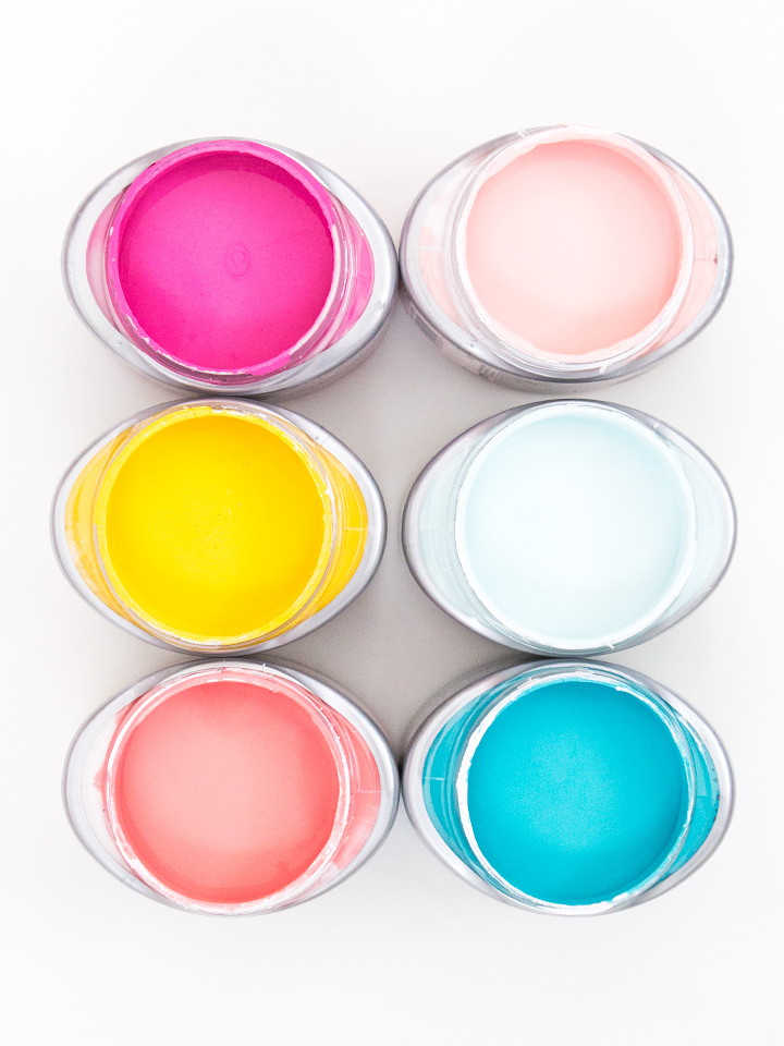 Loving the bright, summery paint colors used to create DIY photo backdrops.