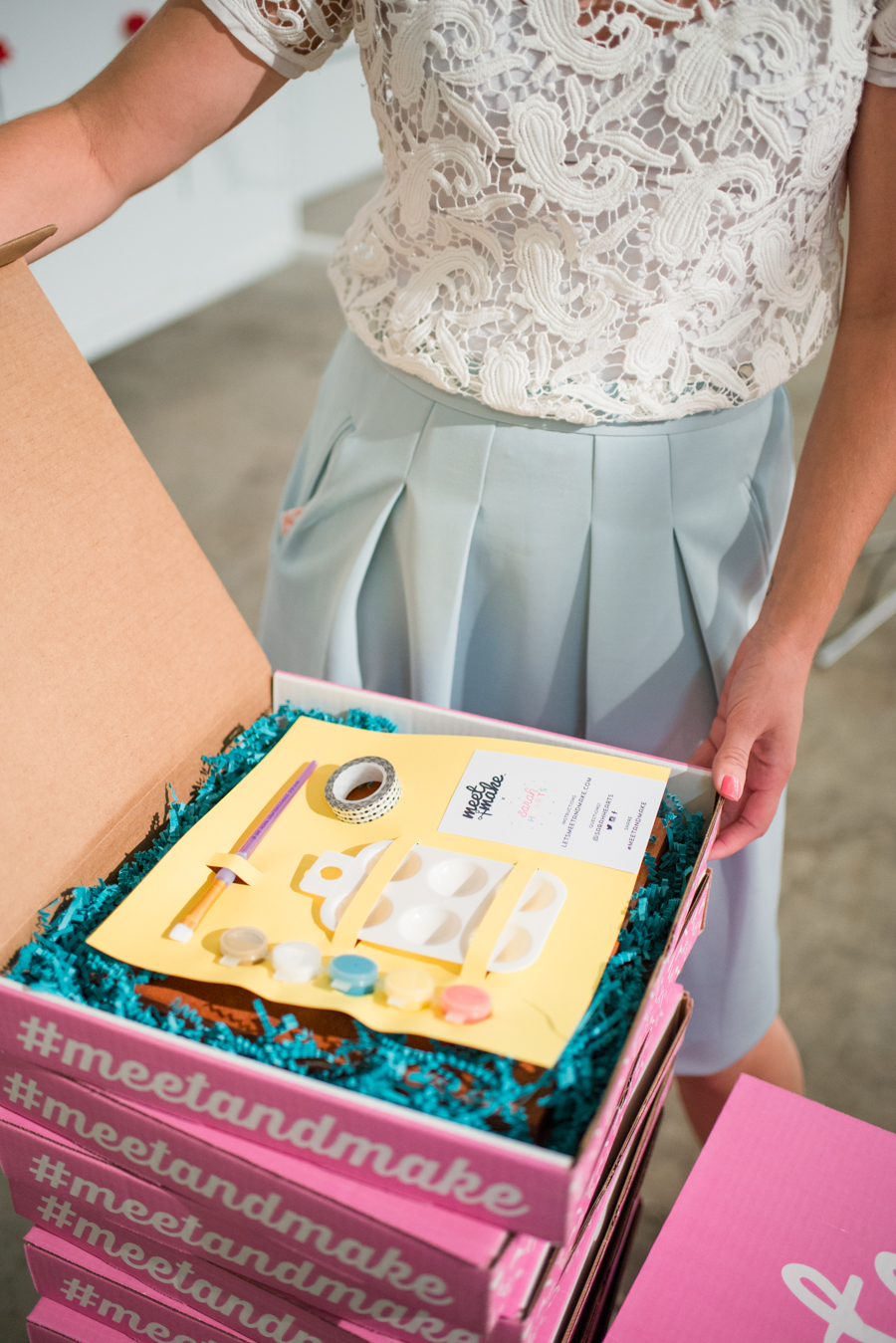 Look how cute the packaging is for these DIY project kits. #meetandmake