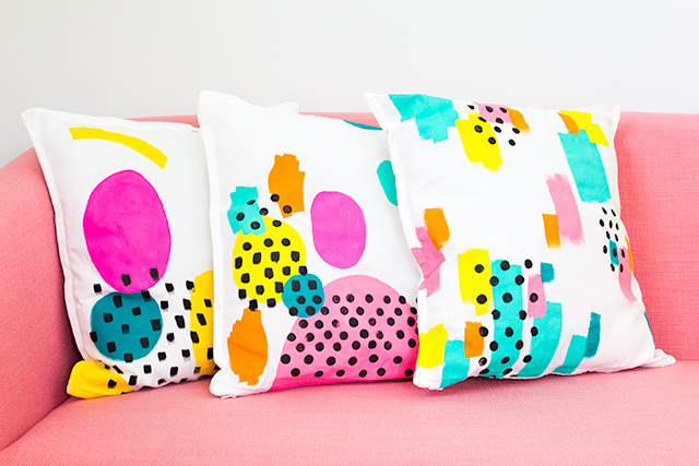 Loving these bright painted pillow covers! Such a cute and easy DIY project.