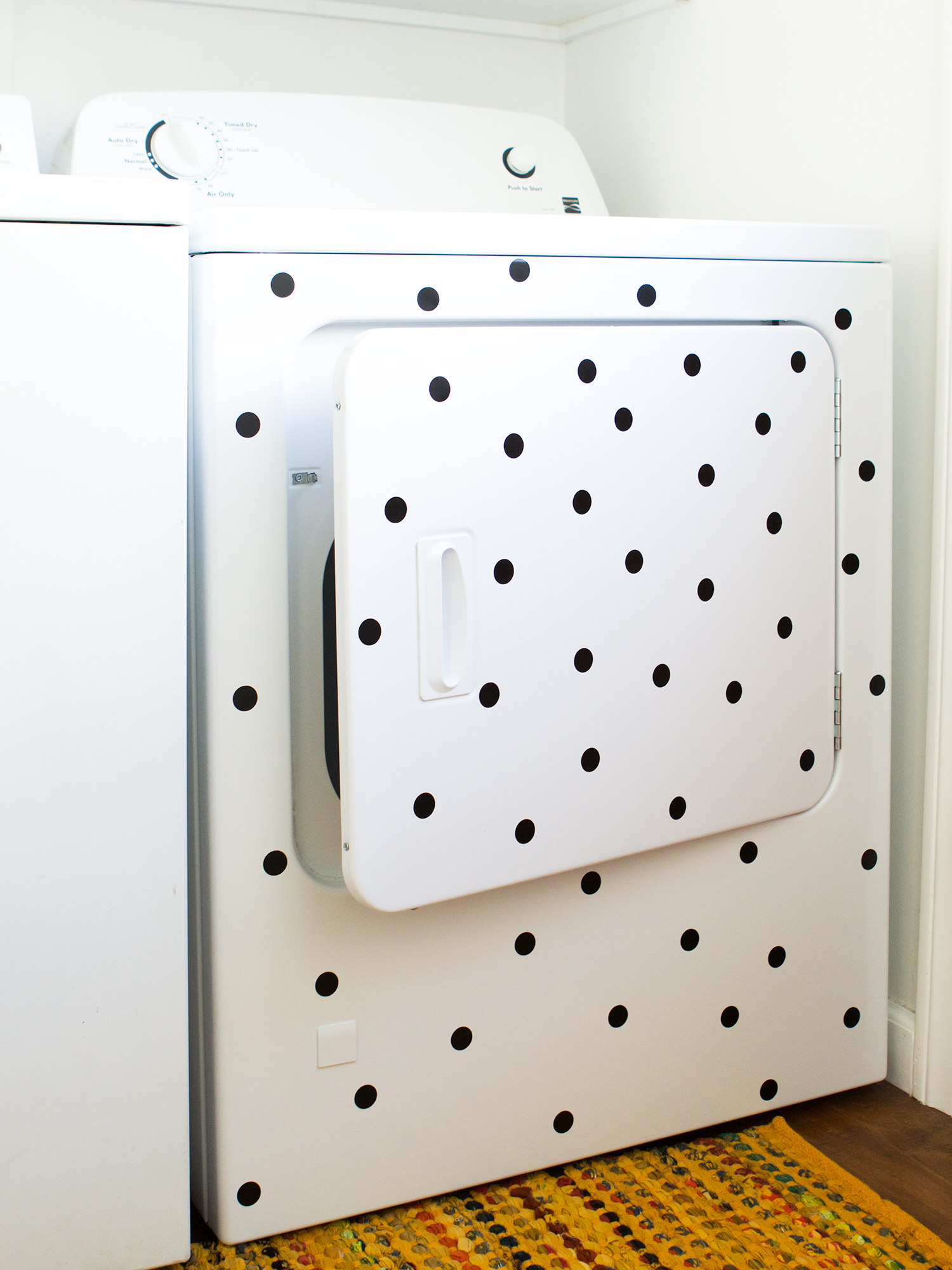 Give a boring washing machine or dryer an update by adding removable adhesive vinyl polka dots!