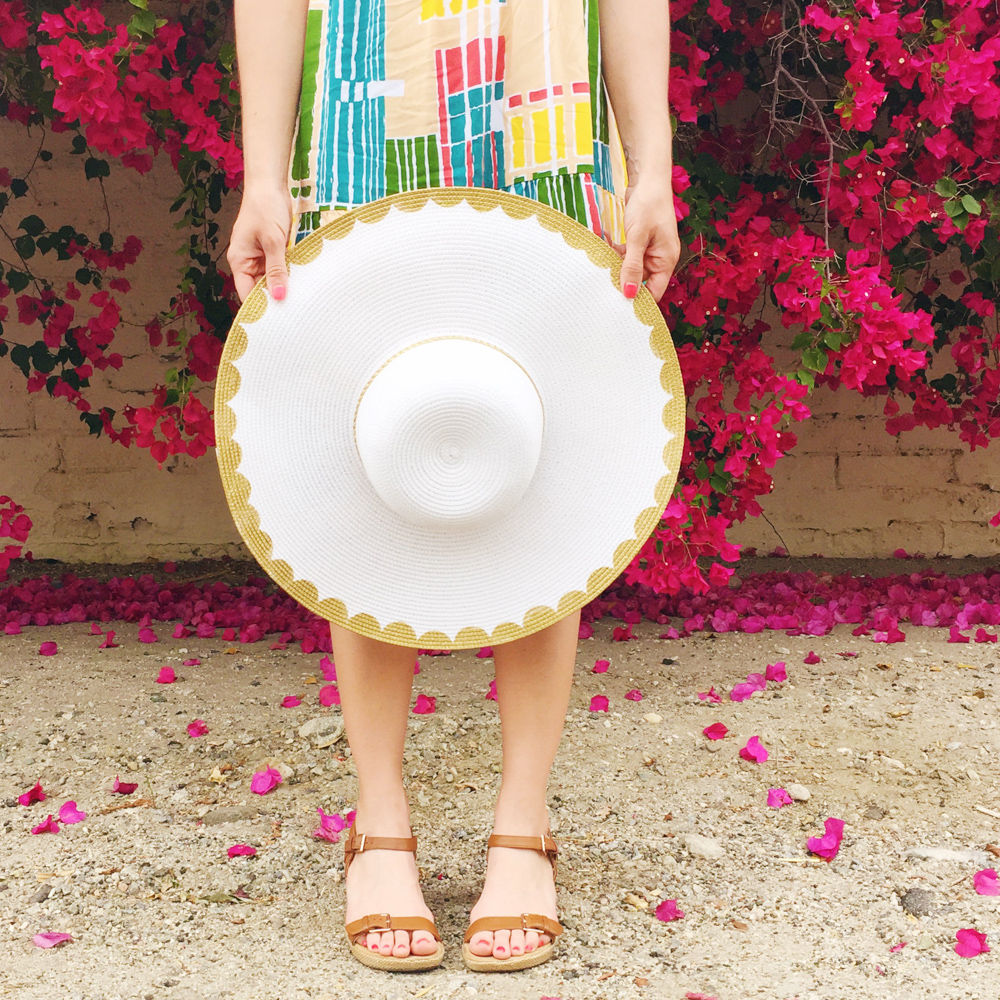 Get ready to hit the beach or pool with this simple DIY floppy hat makeover! (Click through for video tutorial) #12monthsofmartha