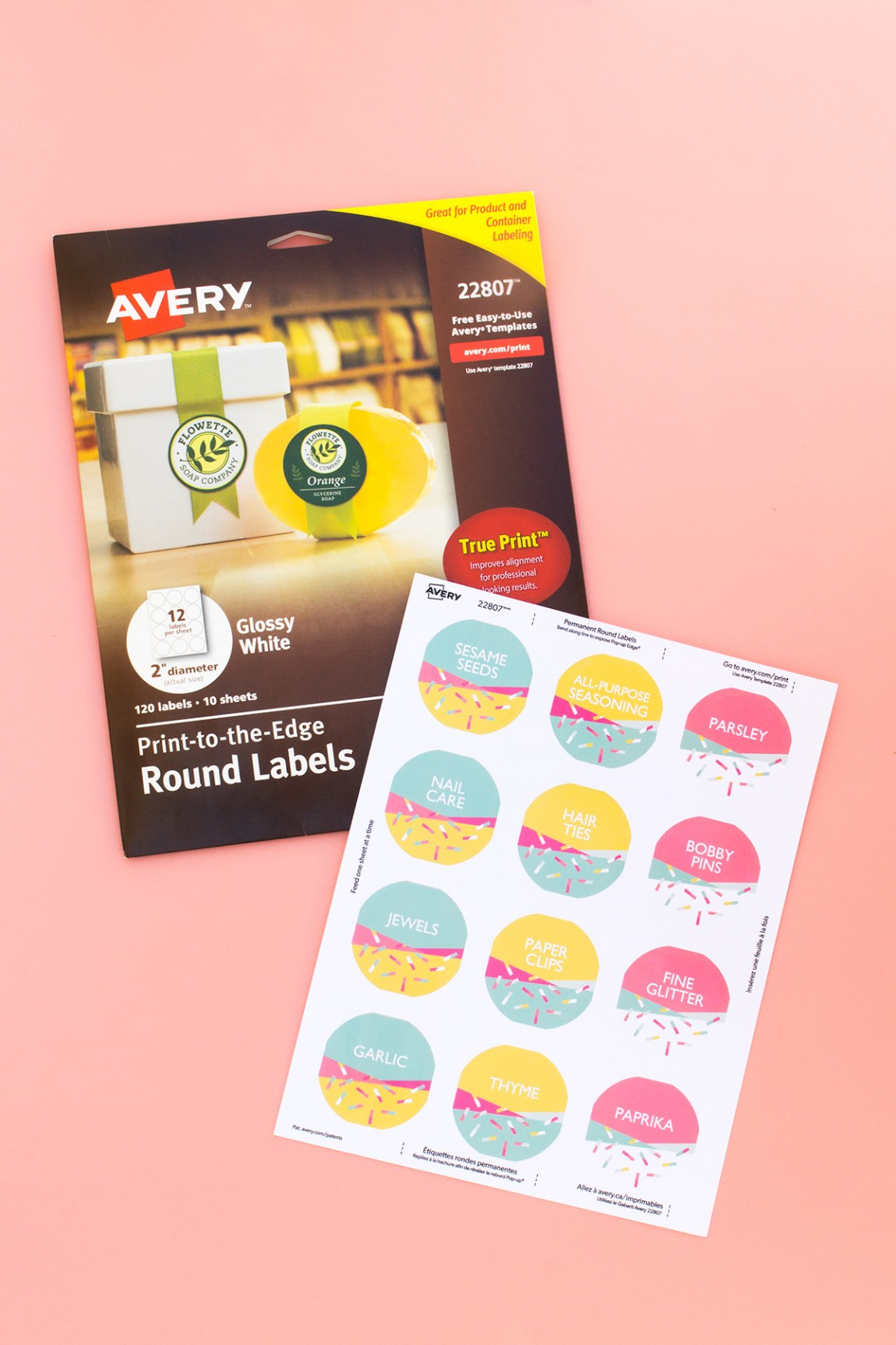 Organize your pantry using these free @avery customizable labels!