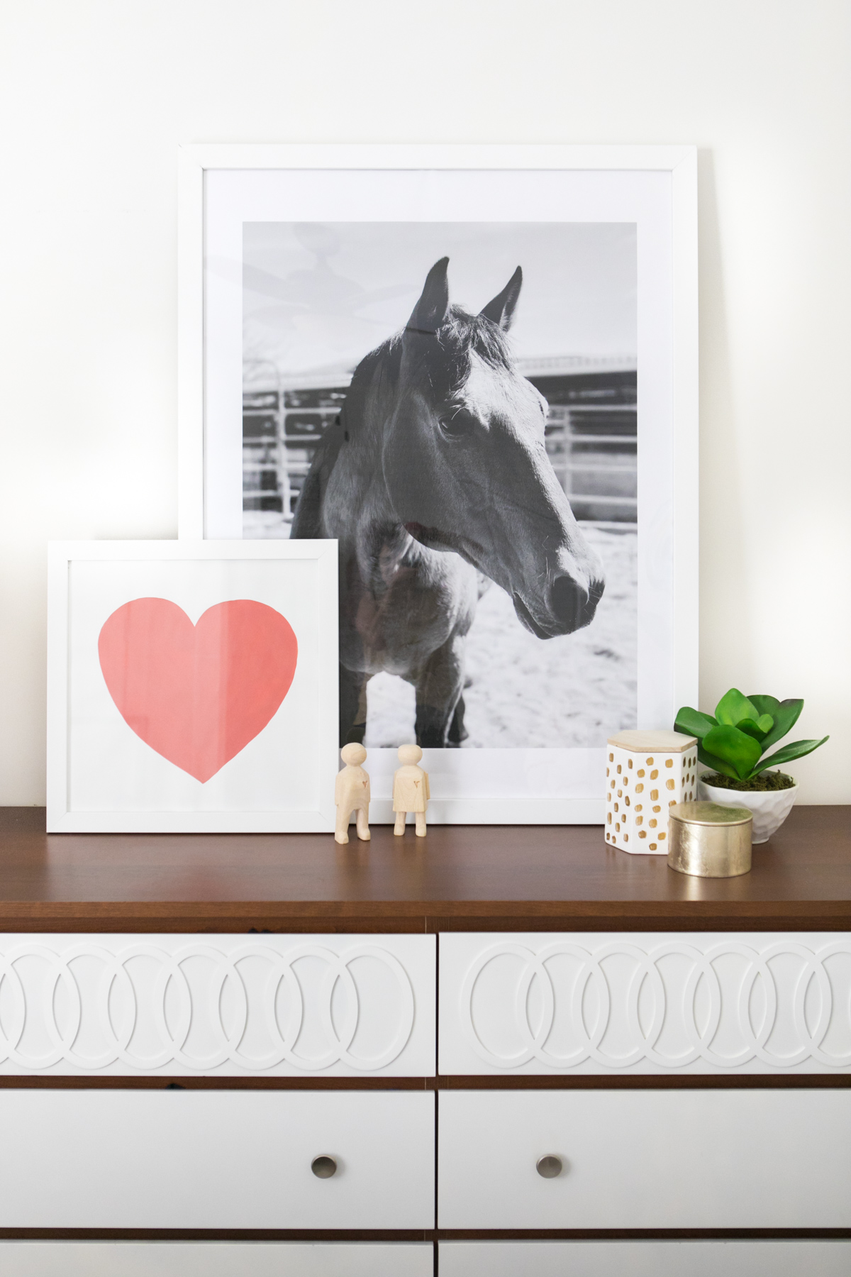 use devinecolor paint to paint a large heart on poster board get
