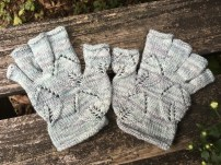 Behind the Scenes! Read the story of the creation of my Twin Leaf Gloves pattern on my Blog, here.