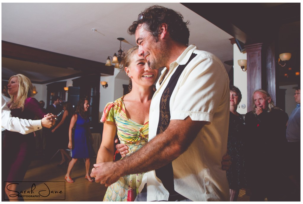 Image of wedding guests dancing to Jason Spooner Band