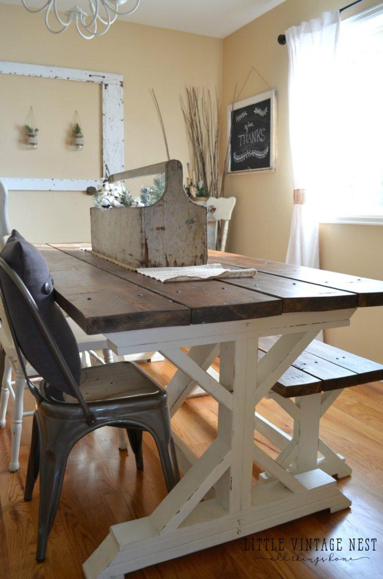 Vintage Centerpiece Dining Room