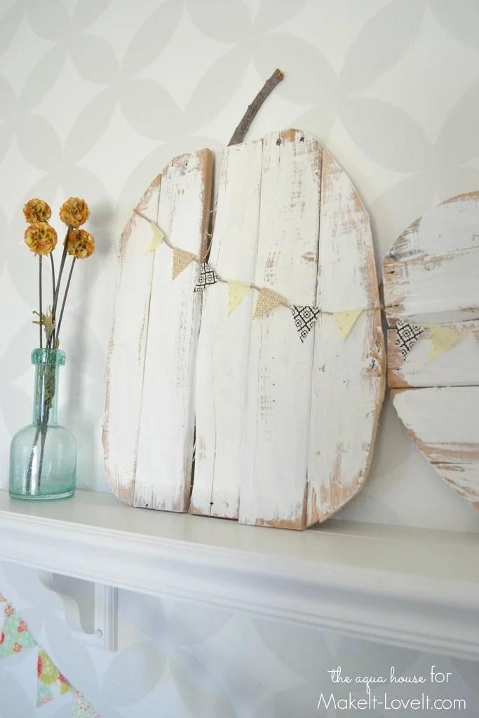 Pallet-Pumpkin-DIY
