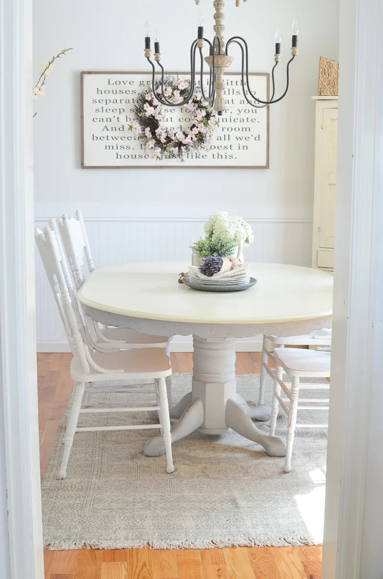 Happy Spring Farmhouse Style Dining Room