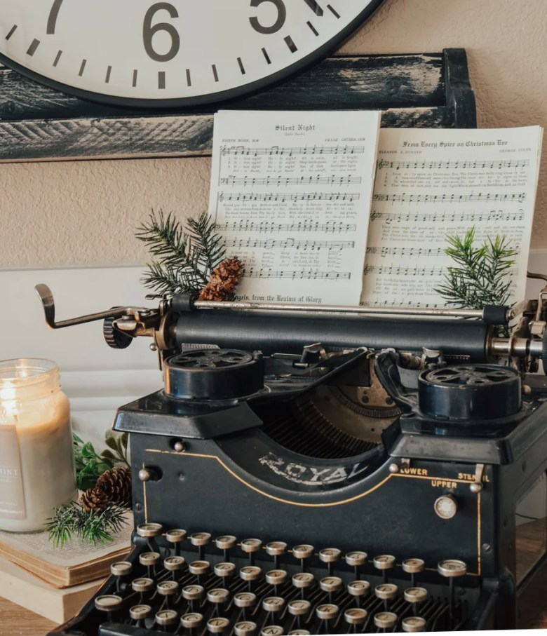 Christmas antique typewriter