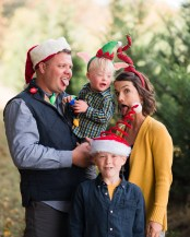 silly family christmas card photo