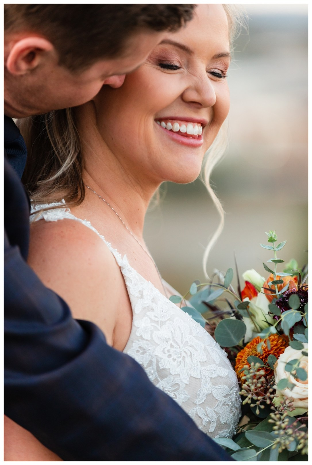 Chattanooga wedding on walnut street bridge