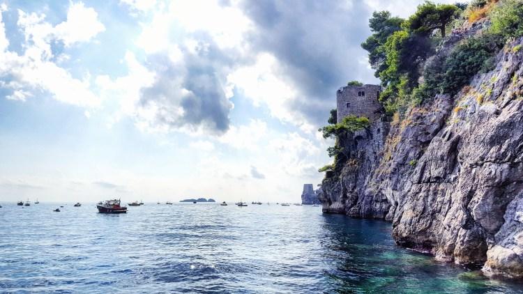 amalfi-coast-sea-boats