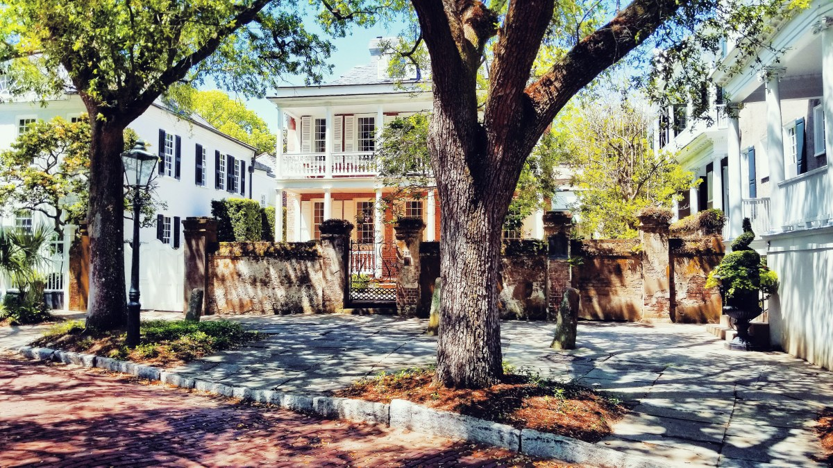 48 Hours in Charleston: A Travel Guide (Part 1) | let's go places