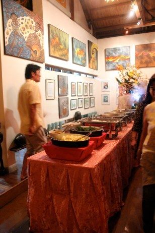 Buffet and local artisans' work, KaLui Restaurant, Puerto Princesa, Palawan, Philippines