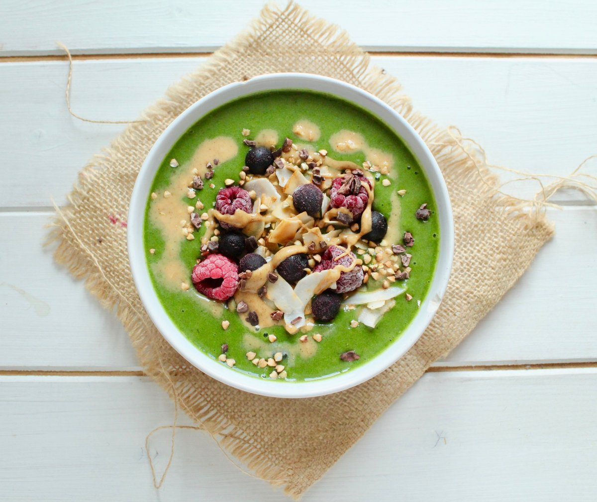 The Best Vanilla Green Smoothie Bowl