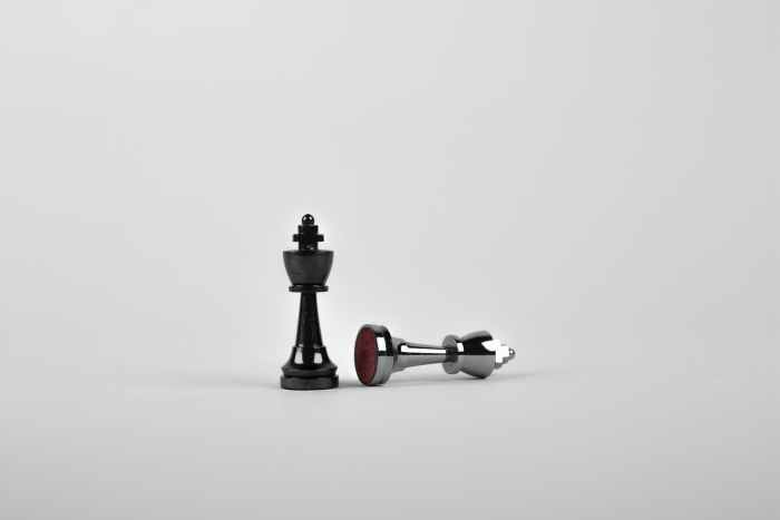 learning how to make a content marketing strategy is similar to learning how to play chess: it requires hard work and dedication