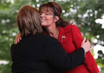 Sarah hugs supporter at Tea Party rally NH