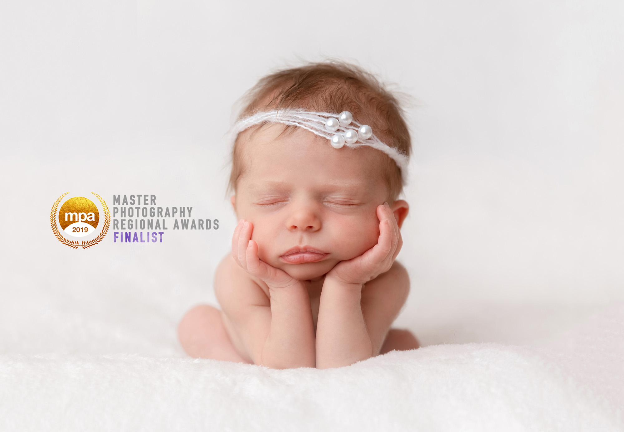 Sarah plater is an award winning newborn family and commercial photographer based in bicester