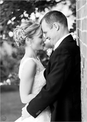 Wedding_photos_at_Shustoke_Farm_Barns_by_HBA_Photography_0082