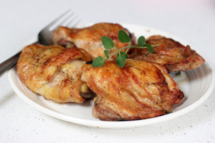 From Cooking In Sens -Butter Roasted Chicken Thighs and Fennel