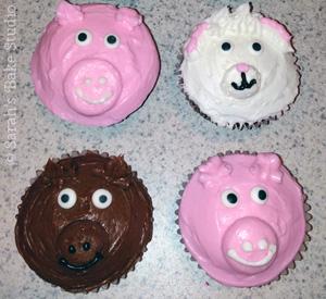 Recipe Roundup: Cowgirl Animal Cupcakes