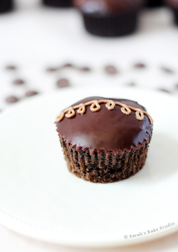 Faux Chocolate Hostess Cupcakes