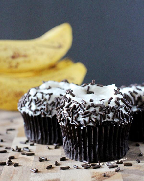Dark Chocolate Banana Cupcakes