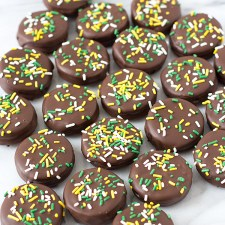 Chocolate Covered Oreo Cookies