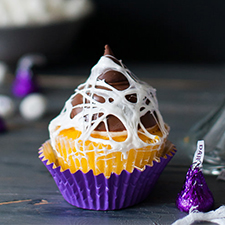 Marshmallow Web Cupcakes from Handmade Charlotte