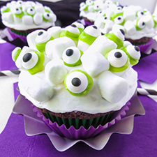 Monster Marshmallow Cupcakes from Smart School House