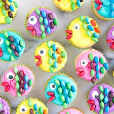 How to Make Fish Mini Cupcakes {Video Tutorial}
